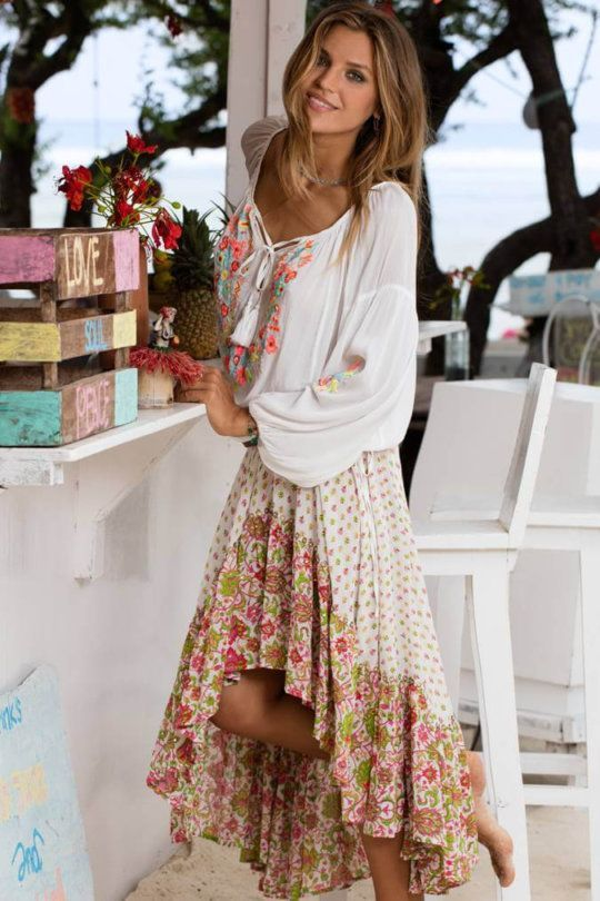 Check out the 15 most beautiful boho summer dresses for you to try ... 48cbc4df579