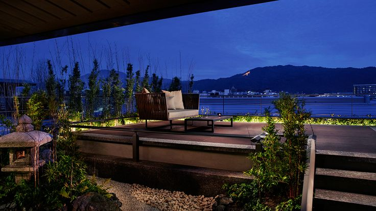 Moon Viewing Deck - The Ritz-Carlton, Kyoto - Japan & Luxury Travel Advisor – luxurytraveltojapan.com - #Luxuryhotels #Kyoto #Japan #Japantravel #ritz-carlton