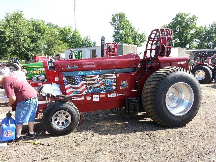 27 best images about pink tractors on Pinterest   Antiques