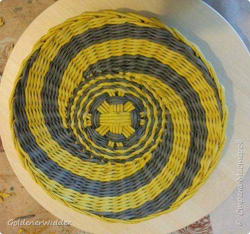 Картина панно рисунок Плетение Панно Плетёные тарелки из бумаги  + Совсем маленький МК  Бумага газетная Трубочки бумажные фото 12