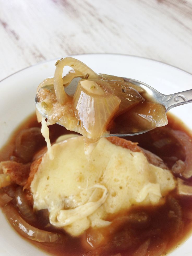 Crock Pot Guinness French Onion Soup & Irish Cheddar Crouton — The Skinny Fork - @Helena Tobias