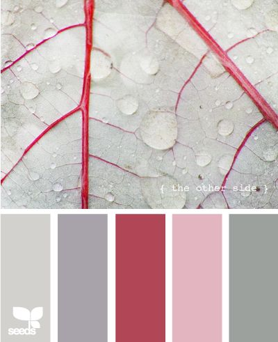 Color scheme - gray, pink and red quilt colors