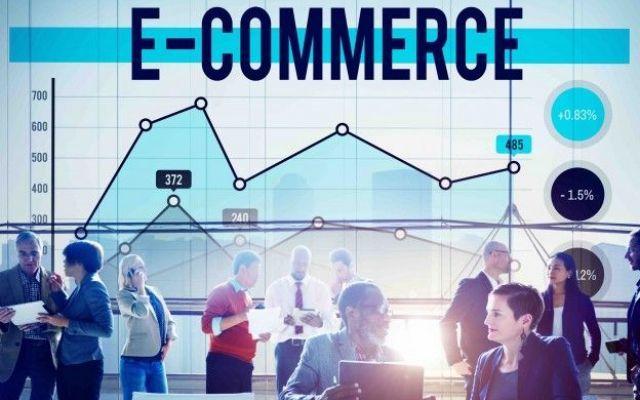 E-commerce in crisi? Ecco 4 strategie da seguire! Il mondo degli e-commerce ultimamente è stato messo a dura prova, per questo oggi ti proponiamo una serie di strategie che possono aiutarti a migliorare subito le tue vendite online e far diventare i #ecommerce #iprov #vendita