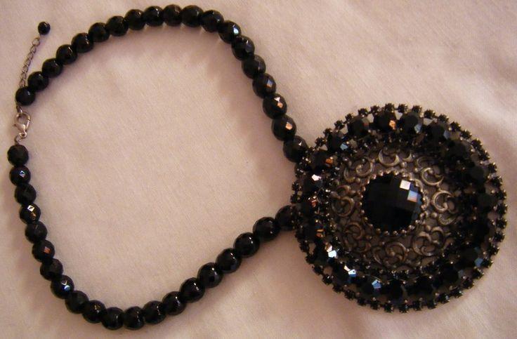 bellissima collana girocollo in mezzo cristallo con ciondolo grande, by crys_e_cri, 30,00 € su misshobby.com