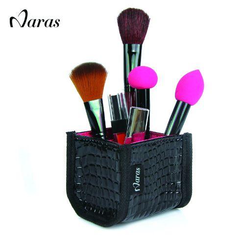 Органайзер для кисточек для макияжа. Нашла здесь - http://ali.pub/mlyiv