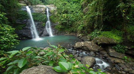 Juwuk Manis Waterfall    www.travelling-bali.com