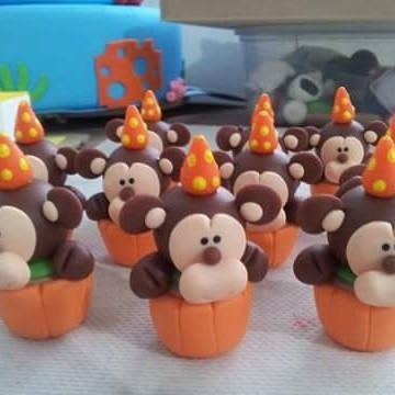 Inspiração do dia, que pode ser usado tanto no tema circo quanto no tema safari.    Temos moldes, cortadores e revistas no tema circo e safari .  ☺🎩🐘??🐵?[141997619303730:🐒☺🌺🌺  #ca]ke #cakedesign #acessorios #embalagens #confeitaria #confeiteiros #boutiquedoconfeiteiro #bolos #bolosgyn #chef #Goiania  #doces #good #love #festasinfantis #festacirco #festasafari#festacirco