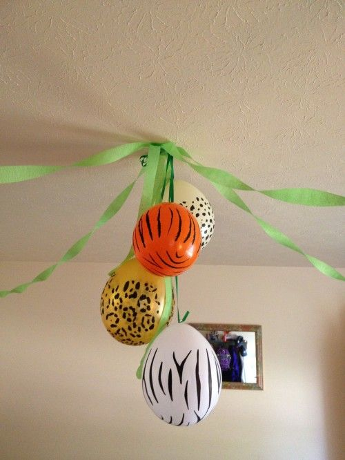 Zoo party ideas! TONS of great and easy ways anyone can do (even the not so crafty!)