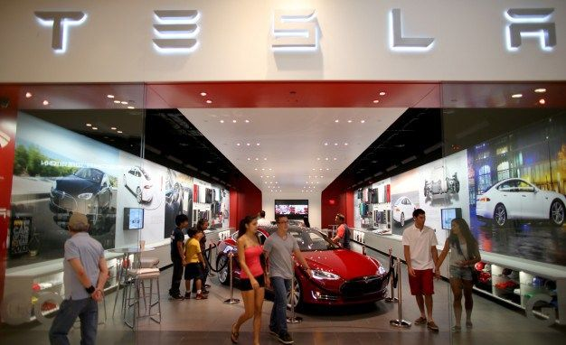 Refer 10 New Tesla X Buyers, Get Your Tesla Model X for Free