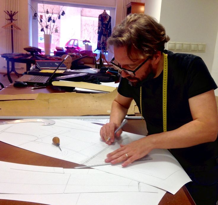 Pattern making is an art in itself. An essential part of creating a suit, that fits like a glove.