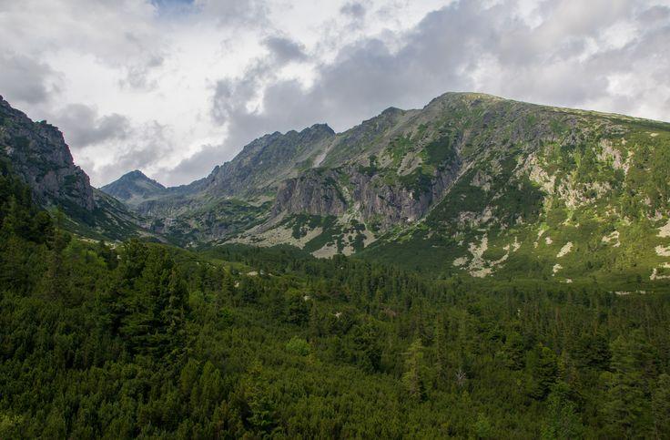 https://flic.kr/p/WR5x5x | On the way up to Chata Pod Solisko. | Strbské Pleso is a ski resort in the Tatras mountains, Slovakia.