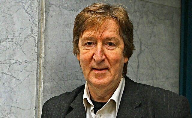 Helyei László