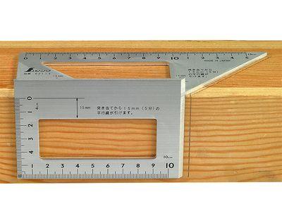 Kątownik trójwymiarowy SHINWA, aluminiowy