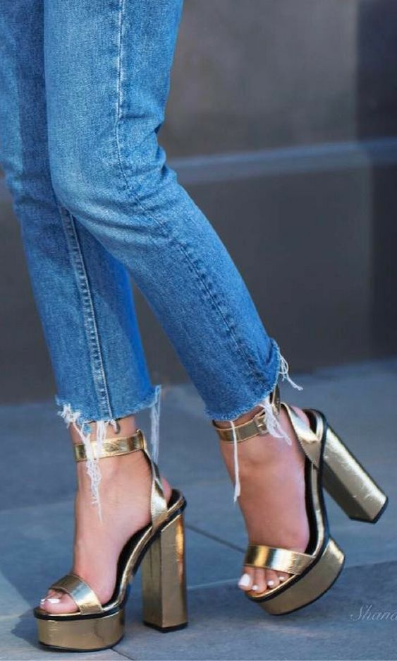 VALENCIA METALLIC PLATFORM HEELS WITH TRIM IN GOLD