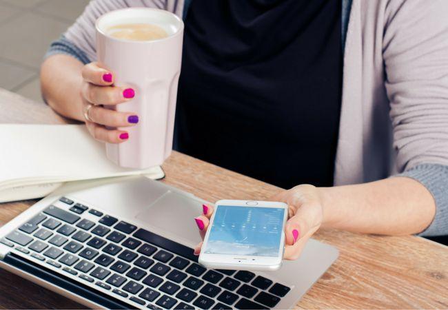 ZDROJ:pexels.com  Príspevky na sociálnych sieťach môžu zmeniť pohľad vašich rodičov na váš život.  Moment, v ktorom bude mať