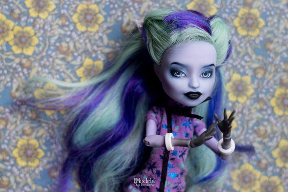 Monster High Ooak Custom Doll Repaint Twyla Doll Faceup Head