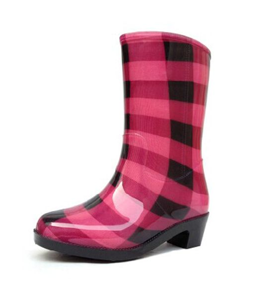 2014 Fashion crystal women's thermal rain boots women's knee-high thermal boots water shoes woman boots 2014 women rainboots(China (Mainland))