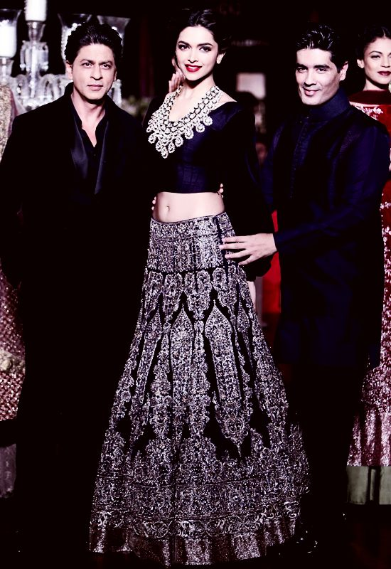 Shahrukh Khan and Deepika Padukone in Manish Maholtra