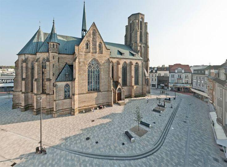 St. Urbanus Kirchplatz Gelsenkirchen-Buer