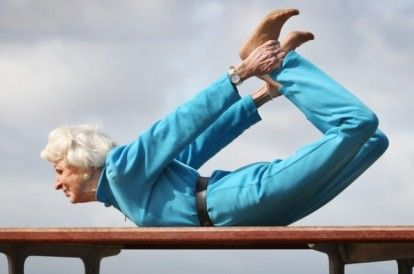 83-Year-Old Yogi Teaches 11 Yoga Classes Week - mindbodygreen.com