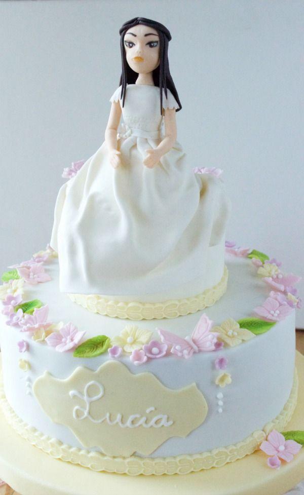 Communion fondant cake for girls