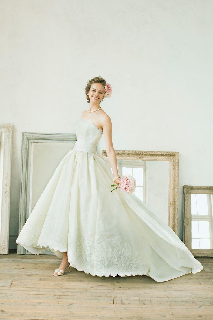 Audrina #NOVARESE #ノバレーゼ #weddingdress #lace #brand #CarolinaHerrera #NY