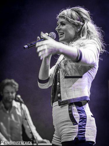 SANDRA VAN NIEUWLAND  'And More'-clubtour