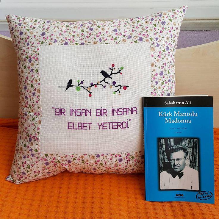 Bir kez daha  Siz de sipariş verebilir ve istediginiz sözü yazdirabilirsiniz Sipariş için Dm   istenilen renkte yapılır.  #istanbul  #bebek #kanaviçe #dekorasyon #decoration #evde #arkadas #siirsokakta #pembe #alisveris #moda #ev #kitap #travel #kadin #kitapkurdu #embroidery #patchwork #canta #kitapkokusu #vc #mavi #tasarim #kampanya #aksesuar #islam  #evdekorasyonu #yastık #dost #bezcanta