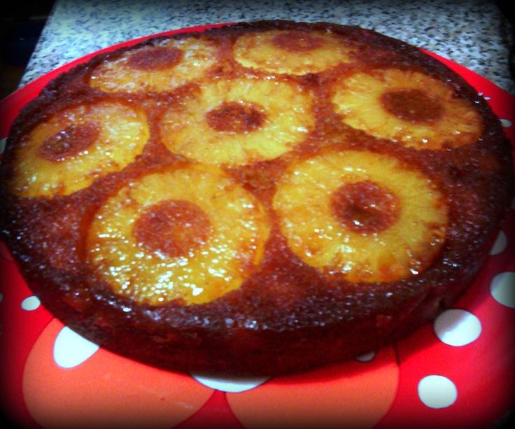 Torta rovesciata all'ananas #caramello #frutta #ricetta #estate