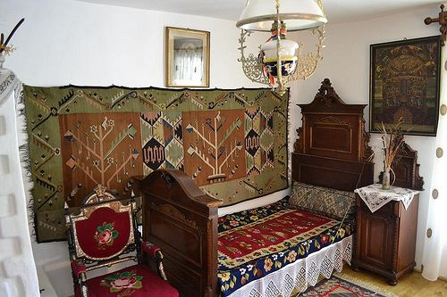 Bedroom writer Alexandru Vlahuta source http://instant-trips.blogspot.ro/2012/08/casa-memoriala-alexandru-vlahuta.html