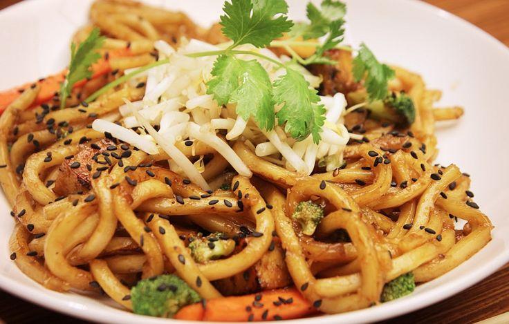 Receta de noodles o fideos japoneses con pollo