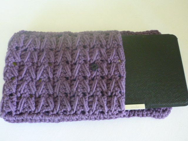 Crocheting Gadgets : crochet Kindle cover, e-reader sleeve, gadget protector Crochet ...