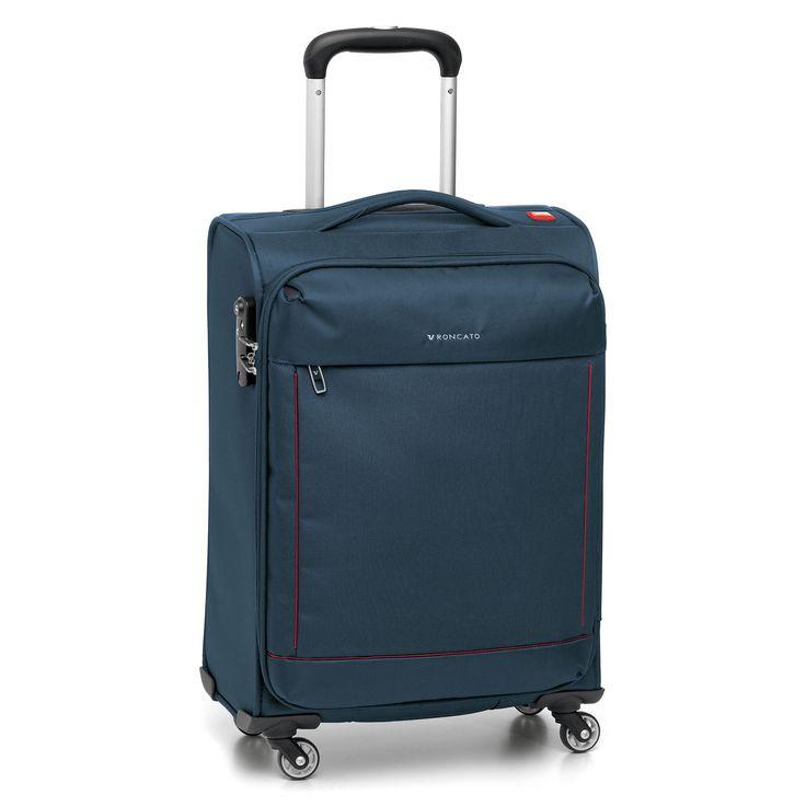 Mittelgroßer #Koffer Roncato Connection bei Koffermarkt: ✓leichtes Weichgepäck ✓4 Rollen ✓erweiterbares Volumen ✓blau  ⇒Jetzt kaufen