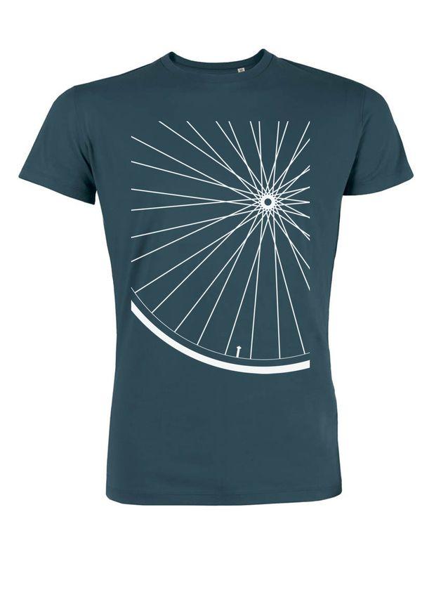 http://de.dawanda.com/product/78205243-Laufrad-Fahrrad-Bio-Fair-Wear-Shirt