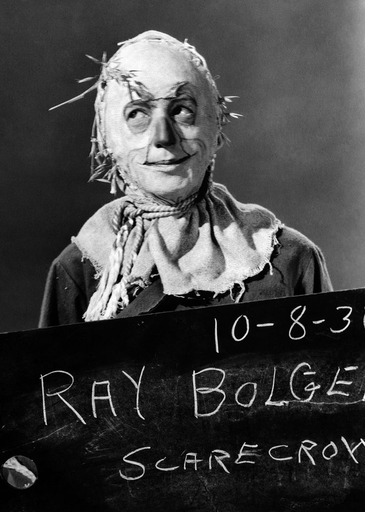 "tcm: ""Remembering Ray Bolger on his birthday, here in THE WIZARD OF OZ ('39) """