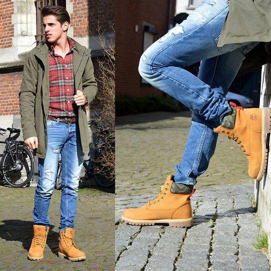 Men's yellow boots