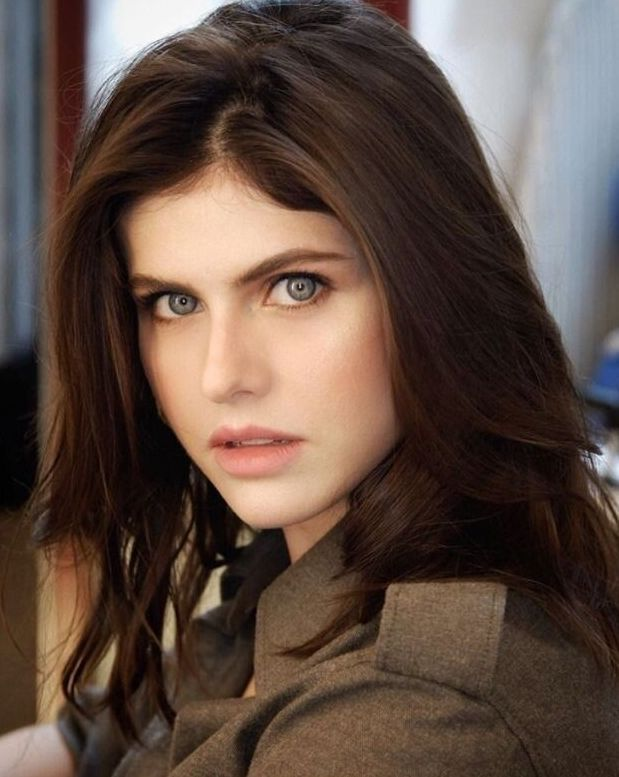 Alexandra Daddario Actress Images Age Wiki Matthew Height Beautiful Female Alexandradaddariosexy Alexandradaddariohot Alexandra Daddario Alexandra Girls Eyes