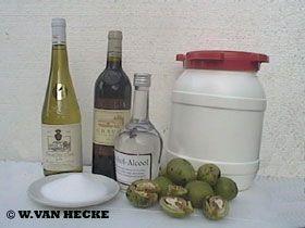 Zelf notenwijn maken (porto) porto, notenwijn, maken, wijn, bereiding, bereiden, noten, witte, wijn, rode, suiker, kopen, soorten, likeur, kelder, alcohol