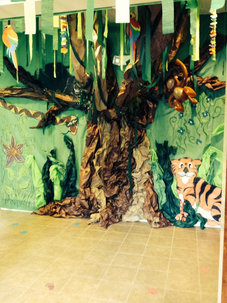 Weird Animals Vbs Decorations This Was Our Jungle Floor
