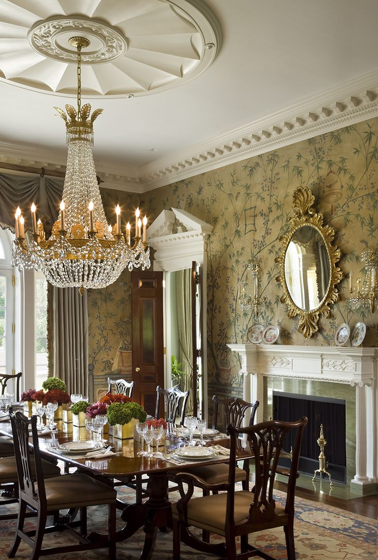 Chinoiserie Wallpaper And Panels Take The Stage In These 12 Rooms Traditional Dining