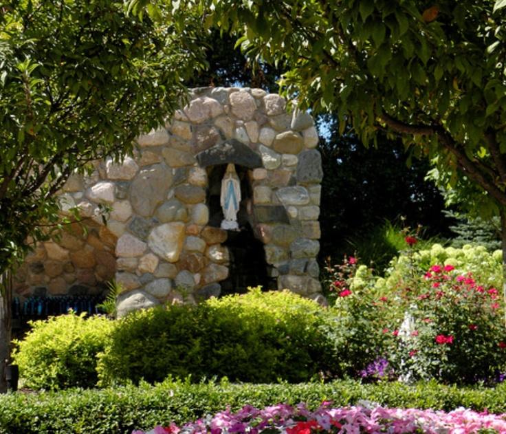 39 best prayer meditation religious gardens and garden for Grotto design ideas