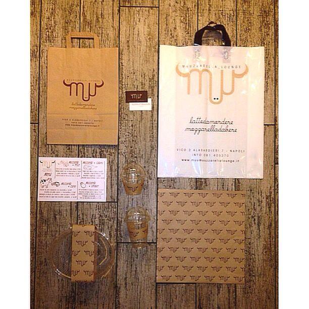 Muu Muuzzarella Lounge  Brand Identity