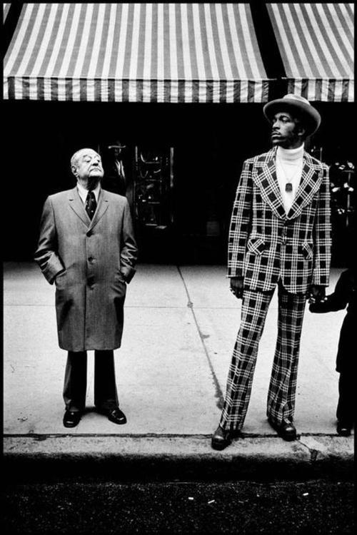 Bruce Gilden. Fifth Avenue in Midtown, 1975.