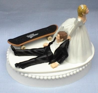 Cake topper -WHERE WAS THIS WHEN I GOT MARRIED!
