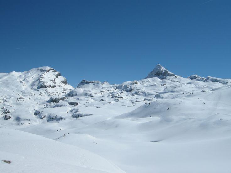 Belagua Roncal Raquetas de Nieve. Guías de Montaña Navarra. Mirua Actividades de Naturaleza