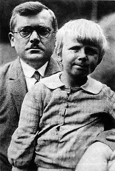 Václav Špála s dcerou Evou, asi 1928