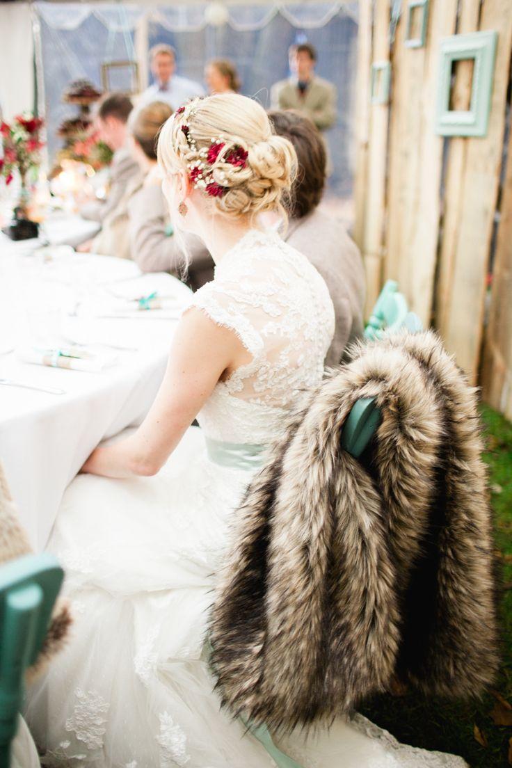 outdoor wedding hair ideas