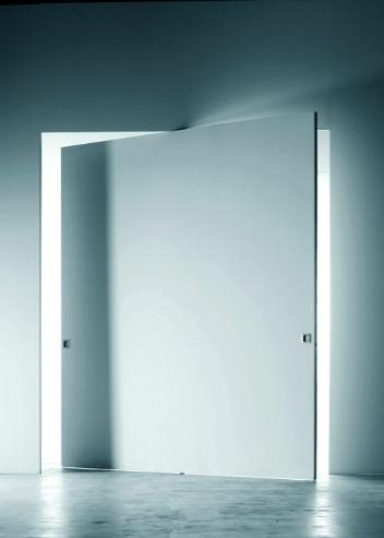 L'Invisibile, pivoting door by Italian brand Portarredo _ so oder so ähnlich auch bei www.okifree-raumsysteme.de erhältlich