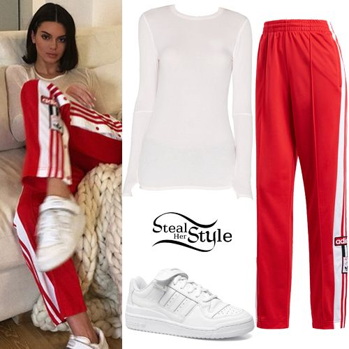 huge discount 1bde9 b5604 Kendall Jenner Clothes  Outfits  Steal Her Style