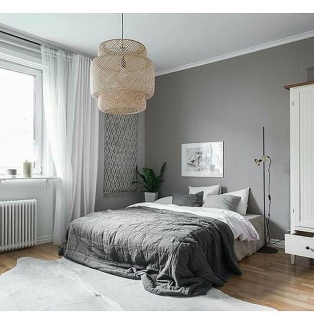 .  SINNERLIG pendant lamp.   Design: Ilse Crawford.   Source and Credit: @immyandindi. @lundin.se.    #sinnerlig #pendantlamp #ilsecrawfordforikea #ilsecrawford #ikeadesigner #ikeadesign #ikea #design #ikea_lamps #ikealamp #lamp #bed #ikea_lamps_bedroom #goodmorning #friday #tgif #lundinfastighetsbyrå #realestate #forsale #mäklare #grey #grått #bamboo #handmade #lampshade #handicraft #styling #interior #scandinavian #instahome